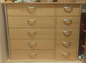 Drawers 10 (5 + 5) pine effect with grey handles