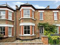 3 bedroom house in Trewince Road, London, SW20 (3 bed)
