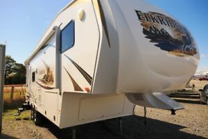 2011 HEARTLAND ELKRIDGE 27RLSS