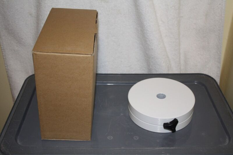 11 pound Telescope Counterweight Made by Meade, 20mm Bore Fits LX70 & Others NEW