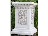 Garden plinth sturdy resin £25