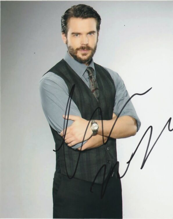 Charlie Weber How to Get Away with Murder Autographed Signed 8x10 Photo COA