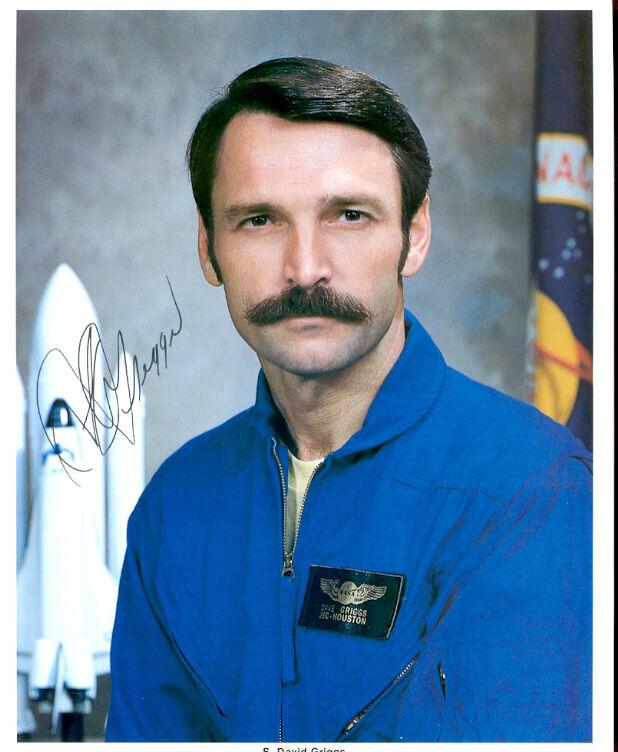 DAVID GRIGGS: Deceased Astronaut: Color Autographed