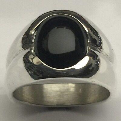 MJG STERLING SILVER MEN'S RING. 12 x 10mm OVAL BLACK ONYX. SIZE 10.