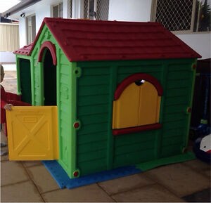 Cubby house Highland Park Gold Coast City Preview