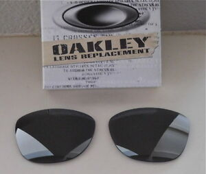 NWOT 100% Authentic Oakley Frogskins Sunglasses Black Iridium LX Replacment Lens