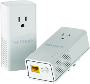 2 NETGEAR Powerline 1200 + Extra Outlet (PLP1200) Adaptors