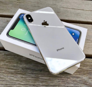 iPhone X 64GB White Unlocked with OtterBox Case MINT CONDITION