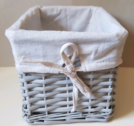 Split Willow Lined Storage Basket-Grey Colour with white fabric