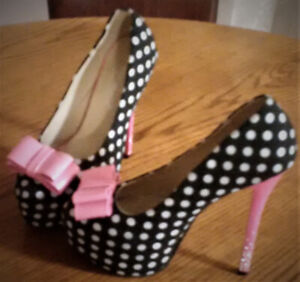 Brand new, Size 6.5, Pink & Black Polka Dot Shoes F/S