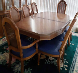 French Antique Dining Table And Chairs