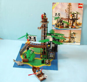 LEGO PIRATES no 6270, L'ILE INTERDITE