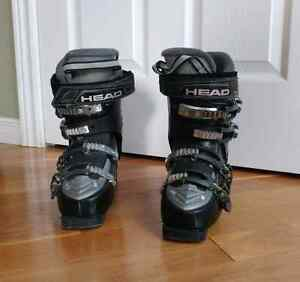 High end Head ski boots size 23.0 fit small like a 22.0