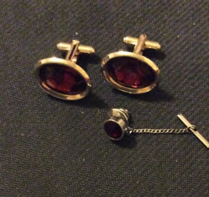 Nice VINTAGE  Cufflinks Set collected from an Estate Sale