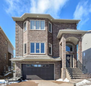 #JustListed - Stunning Custom Built Home In Russell Lake West