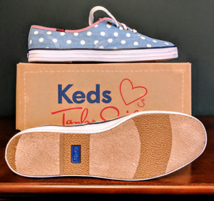 Women's Keds size 10 *new in box