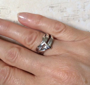 SOLID 14K WHITE GOLD WIDE BAND RING West Island Greater Montréal image 4