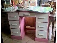 pretty retro dressing table -chic and unique
