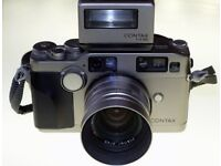 Contax G2 + 45mm, 28mm + Flash