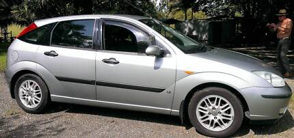 2003 ford Focus hatchback 5 Speed Manual  price $3500.00