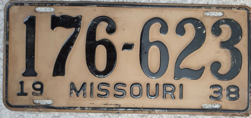 1938 Missouri License Plate 176-623