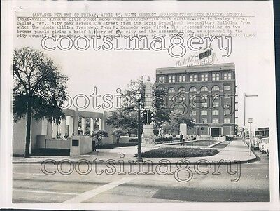 1966 City Park Dealey Plaza 1960s Dallas Texas Book Depository Press Photo for sale  Shipping to South Africa