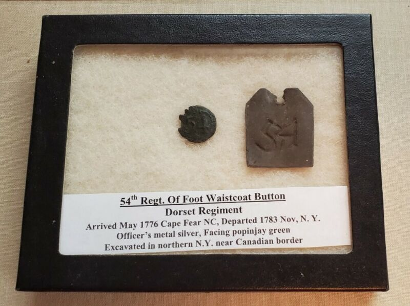 American Revolution -- French 54th Button & 54th Inventory Tag -- Case Included