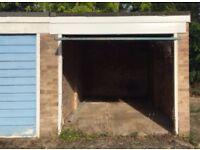 Garage in Reading, RG5, Berkshire (SP17446)
