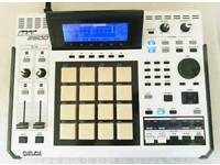 AKAI MPC 2500 SE Special Edition JJ OS-XL CUSTOM LED DVD ROM MAXED OUT WHITE/BLACK