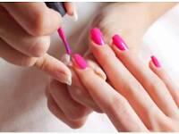 Nail polish & gel overlay