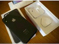 iPhone XR (64GB - Unlocked) black