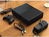 Xbox One 500GB + Controller + HDMI Lead