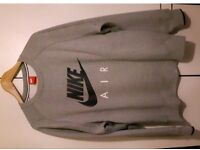 Men nike jumper brand new without tags never been worn
