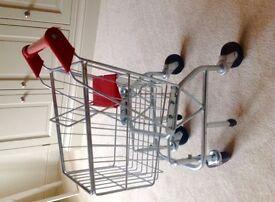Melissa and Doug kids shopping trolley