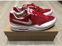 Nike Air Max light. New in box!