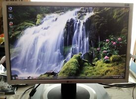 """LG 20"""" widescreen LCD monitor - PC / Mac / Laptop - Great condition"""