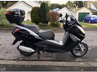 Peugeot Satelis 250 Premium motor scooter