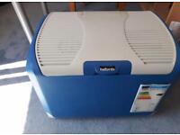 Halfords 40 ltr 12v/240v camping fridge