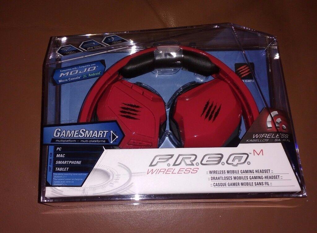 BNIB & Sealed Mad Catz F.R.E.Q.M Wireless Headset / Headphones - Red