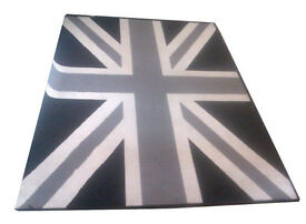 Large Black, Grey + White Coloured Union Jack Rug in Excellent Clean Condition! 210cm x 150cm.