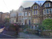 2 bedroom flat in Aberdeen Road, Bristol, BS6 (2 bed) (#961212)