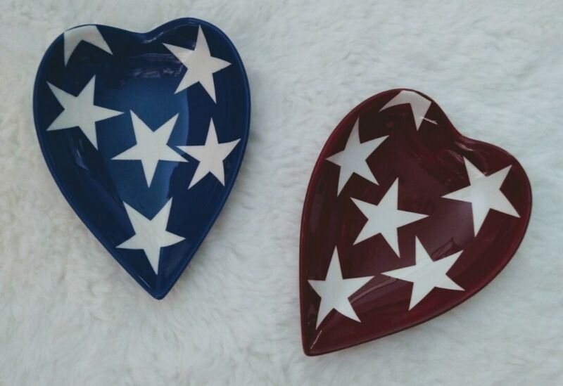 Gates Ware By Laurie Gates Set Of 2 Heart Shaped Dishes Patriotic Stars Red Blue