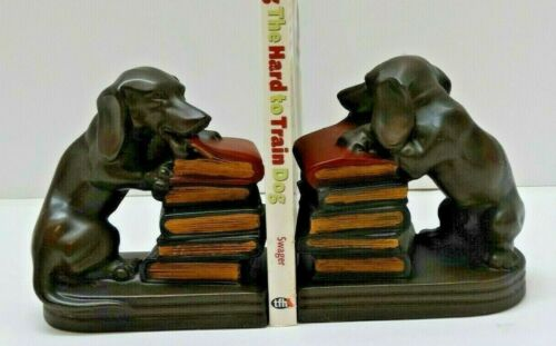 Pair Chewing Dachshund Bookends Bronze Antique Style   Artisan Painted USA - EUC