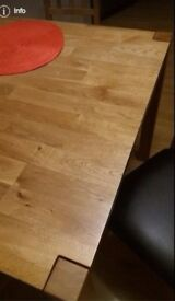 oak dining table great quality