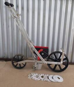 EarthWay Garden Seeder Gympie Gympie Area Preview
