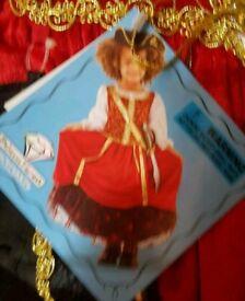Girls pirate dress up set 5 to 6 years