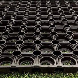 RUBBER MATS field grass non slip, Horse equestrian gateways garden yard stables building playarea
