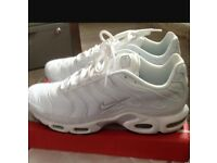 Nike trainers size 6