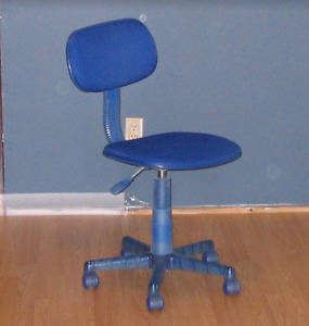 Computer Chair with High Adjustment & Casters
