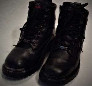 Bottes MOTO Femme Taille 9 Cuir MILWAUKEE Lacées 65$ AB